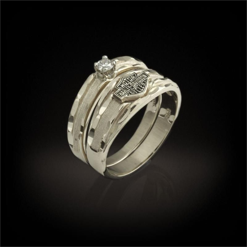 Harley Davidson Stamper Women S Wedding Band And Diamond Ring Wrw7126