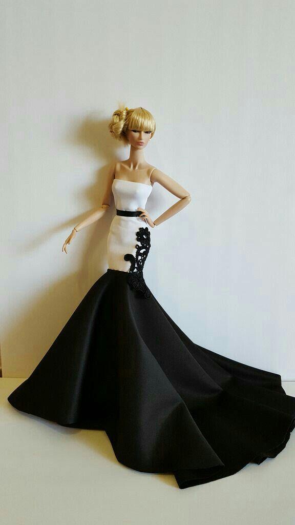 Pin by Kiddu on Fashion barbies | Pinterest | Dolls, Barbie gowns ...