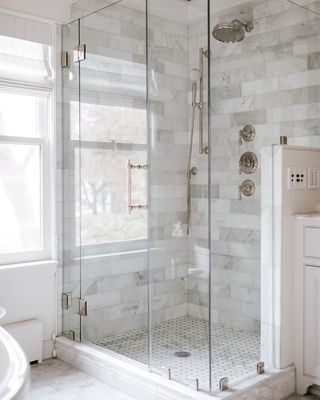 Prospectrefuge Is Serving Chic Modern Looks With This Marble