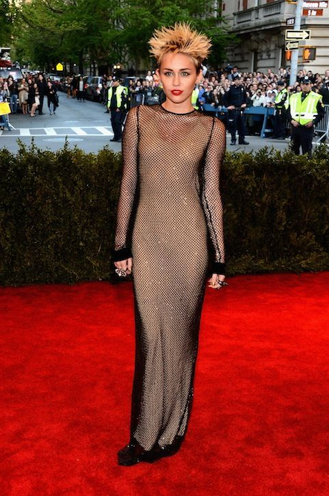 Miley cyrus red carpet see through agree