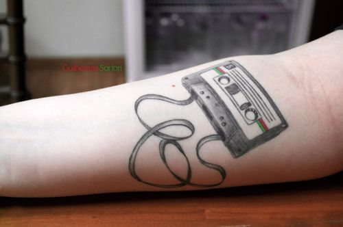 I did this tattoo to express my love for music especially for Tattoos to express love