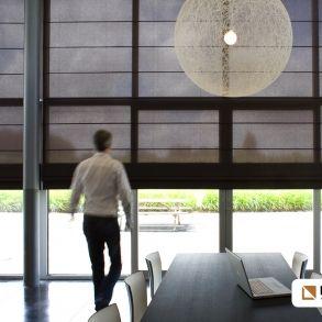 Inside gordijnen zorgen voor de perfecte sfeer in uw interieur. www.cdinterieurs.nl