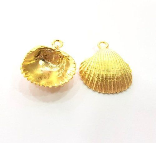 28mm Silver Yellow Plated Conch Shell Charm