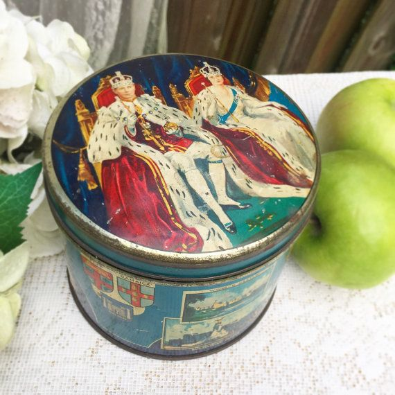 Antique 1937 Coronation Tin Litho Box Huntley Palmer England King George VI  Queen Elizabeth Vanity Trinket