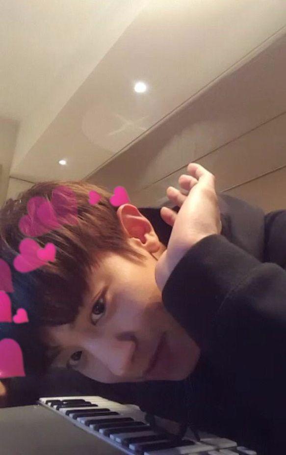 Cuuuuuuute!!!! I love Channybae!!! 사랑해!!!!!!!!