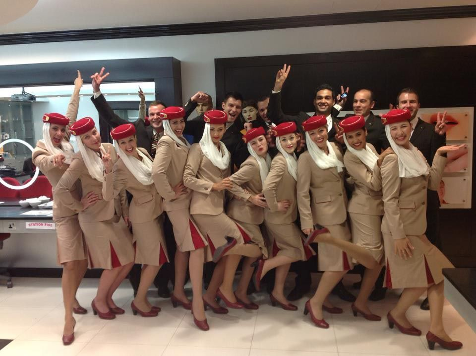 grooming for cabin crew Grooming for cabin crew - cosmetics essay example make up online crew (female) clean skin is a must before using makeup(cleansing,toning,moisturizer is important before makeup) and having the correct tools is a necessity.