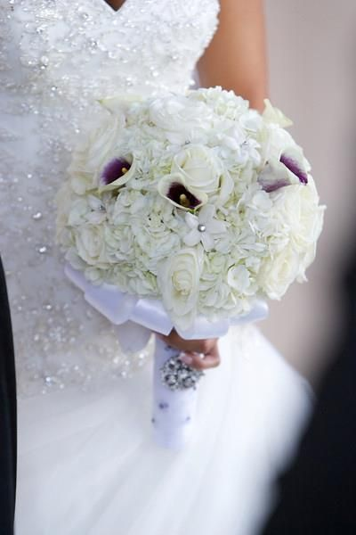 A beautiful flower bouquet. | Lake las vegas, Vegas ...