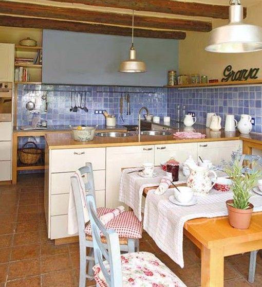 Cocina sencilla de campo finca decoracion casas de - Decoracion casas de campo ...