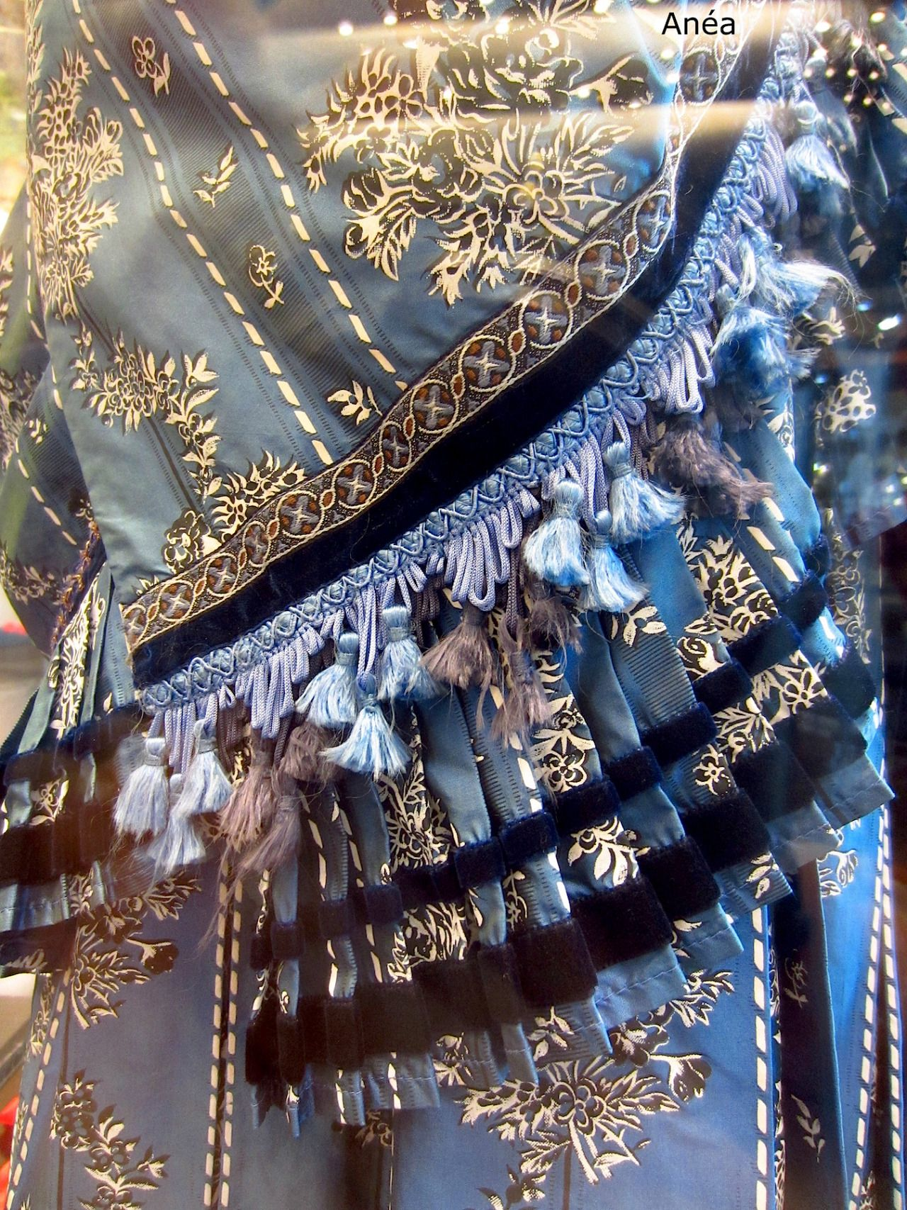 So beautiful! I hope to wear these costumes on stage one day...
