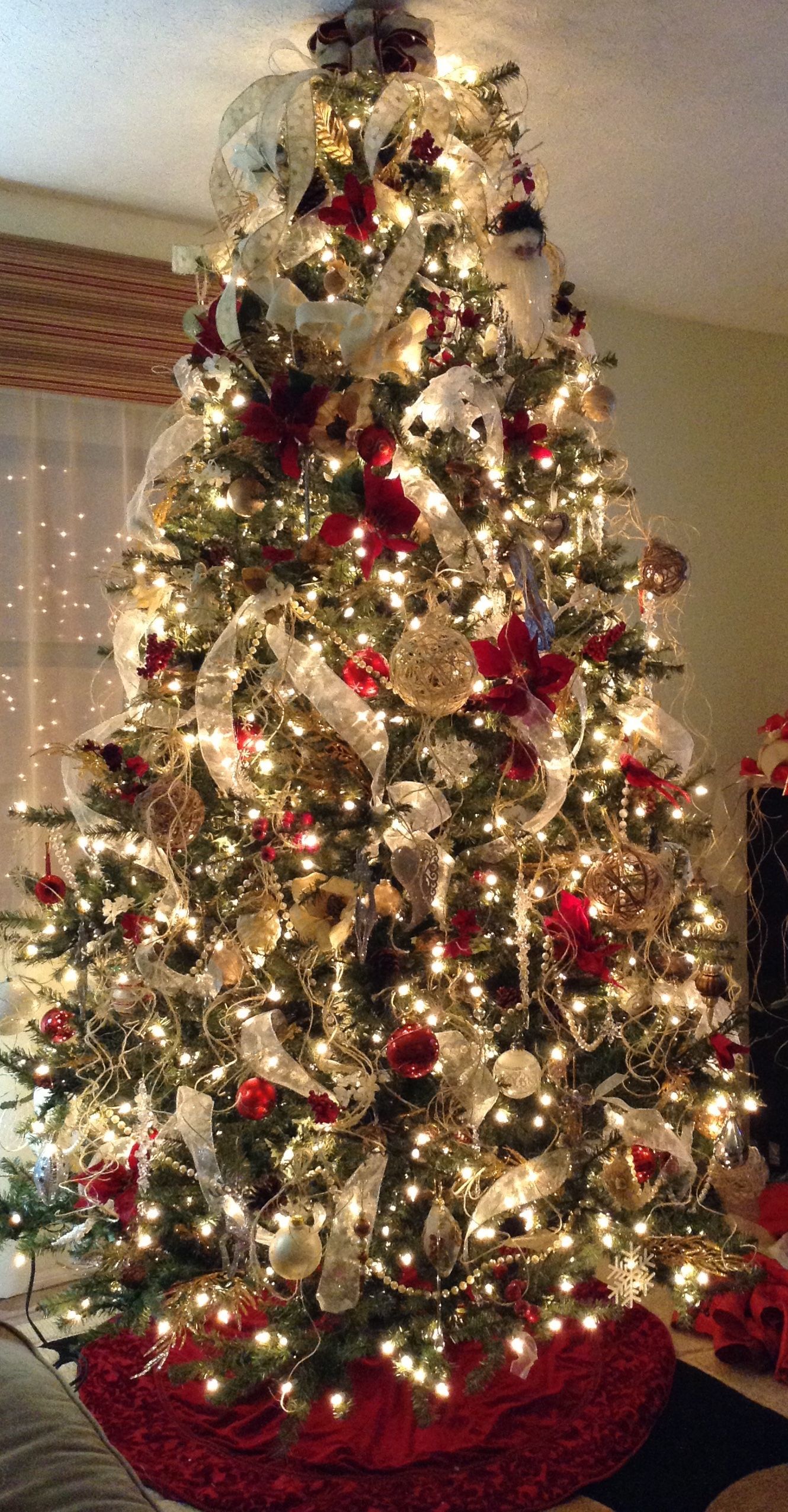 My Christmas Tree 2014 I Made The Jute Ornaments Burlap Garland