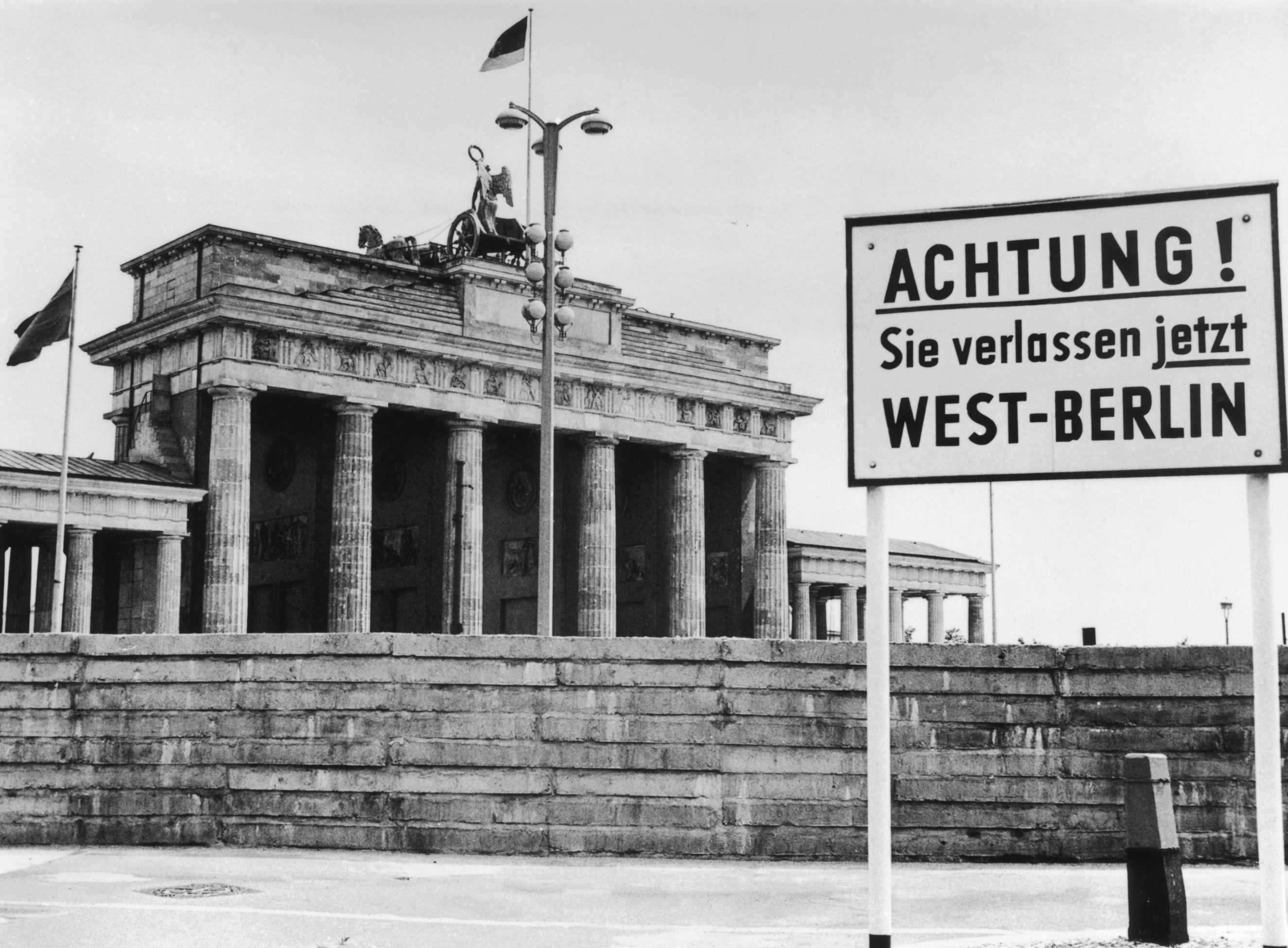 Die Berliner Mauer Die Vorher Nachher Galerie Berlin Berliner Mauer Historische Bilder
