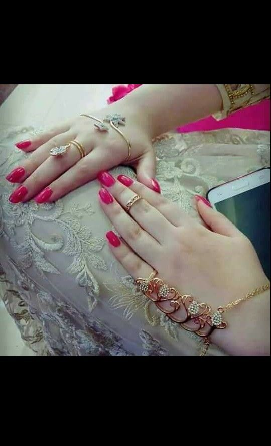 Beautiful Girls Hands Bracelet