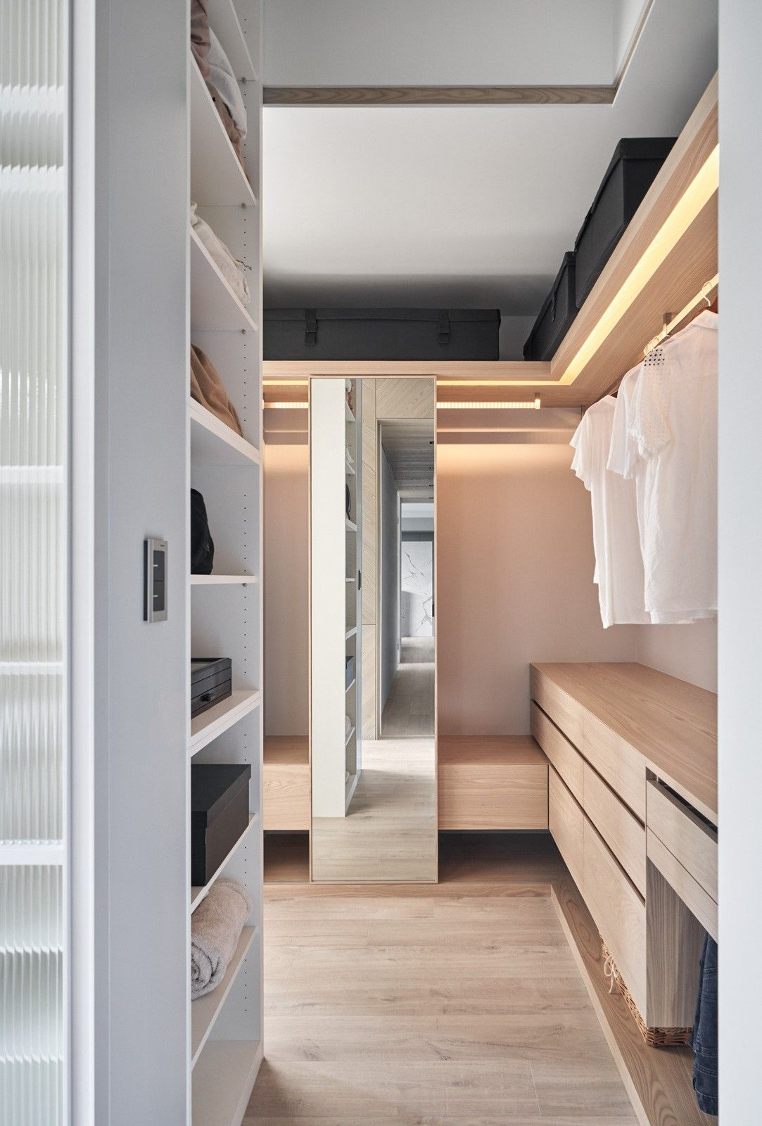 Pin by SamDecor on Marble Condo Luxury closet, Walk in