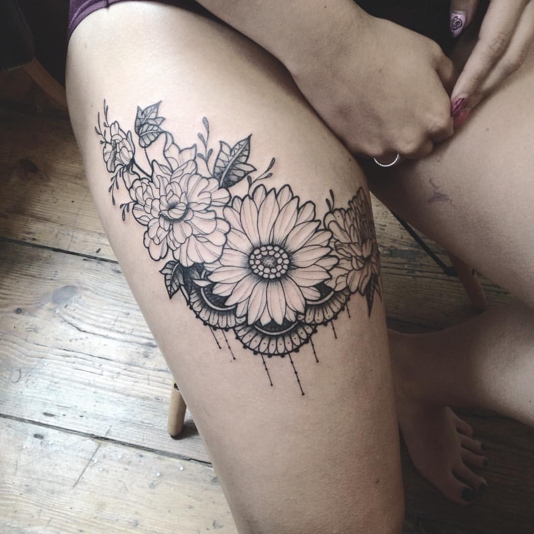 Caroline karenine inkuc pinterest tattoo thigh tat and tatoos