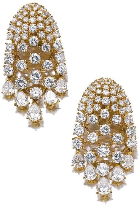 Earrings from a gold and diamond demi-parure by Van Cleef and Arpels, circa 1985. Via Diamonds in the Library.