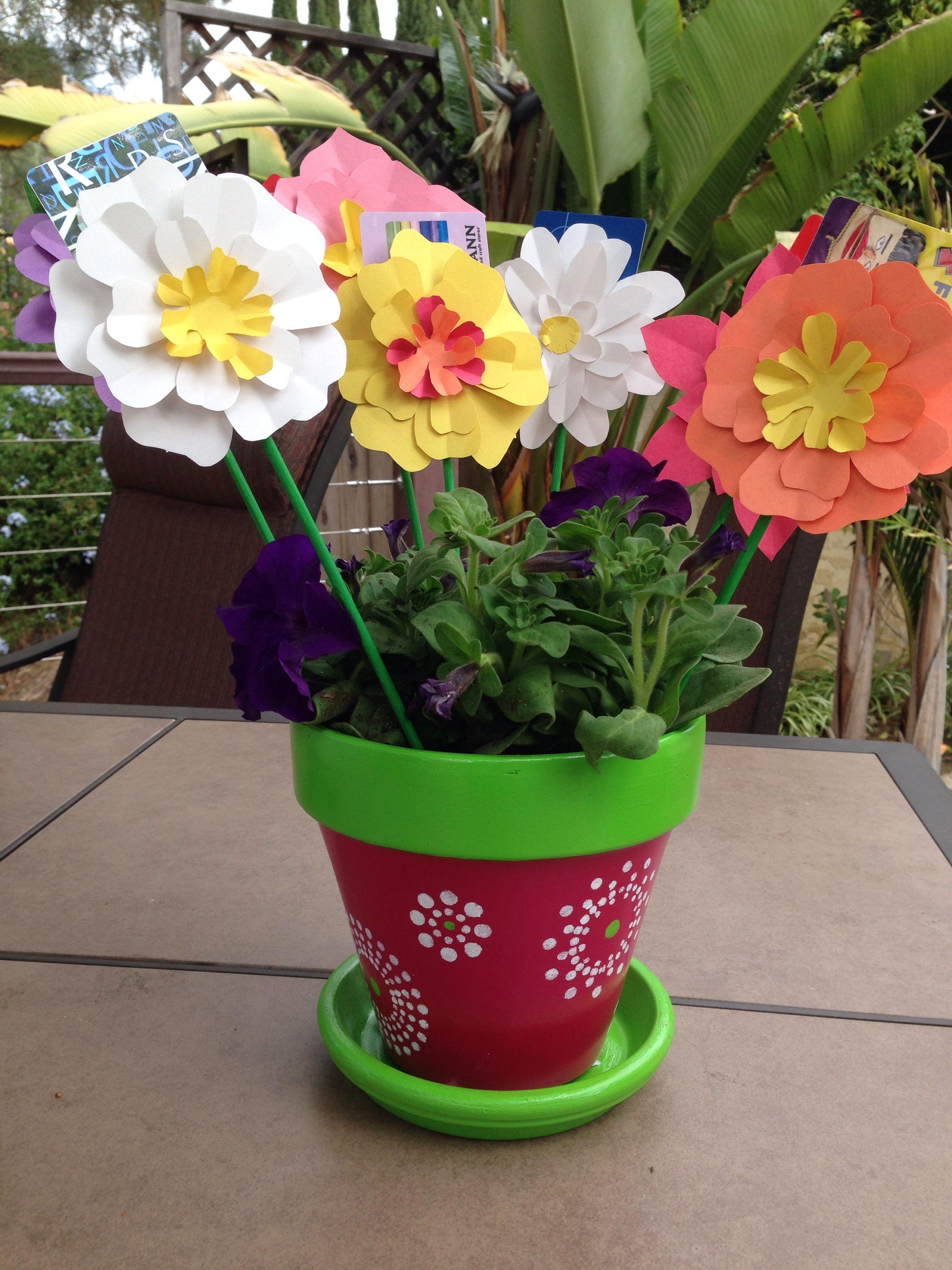 Gift card bouquet as a thank you gift for a teacher terra