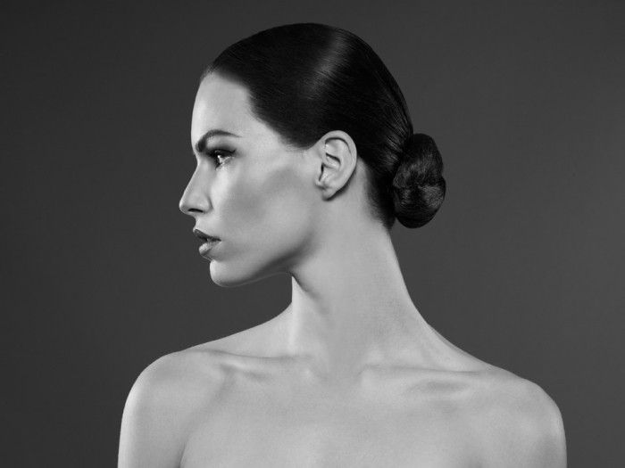 Poised Bun - A tight knot bun at the nape with a glossy finish