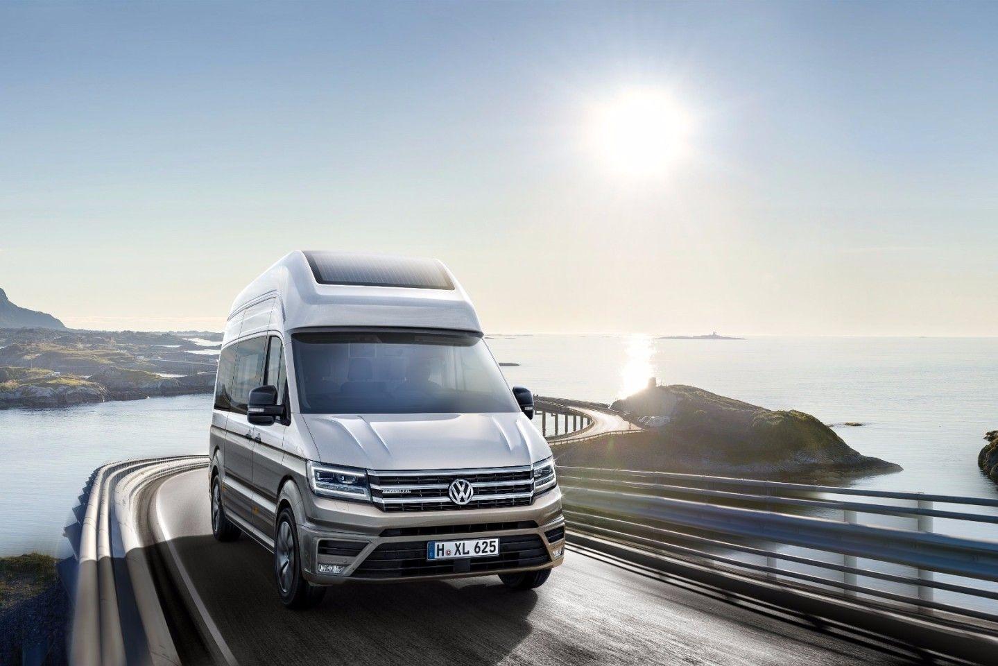 Volkswagen Upsizes California Camper Van With Xxl Concept In 2020 Mini Van Volkswagen Best New Cars