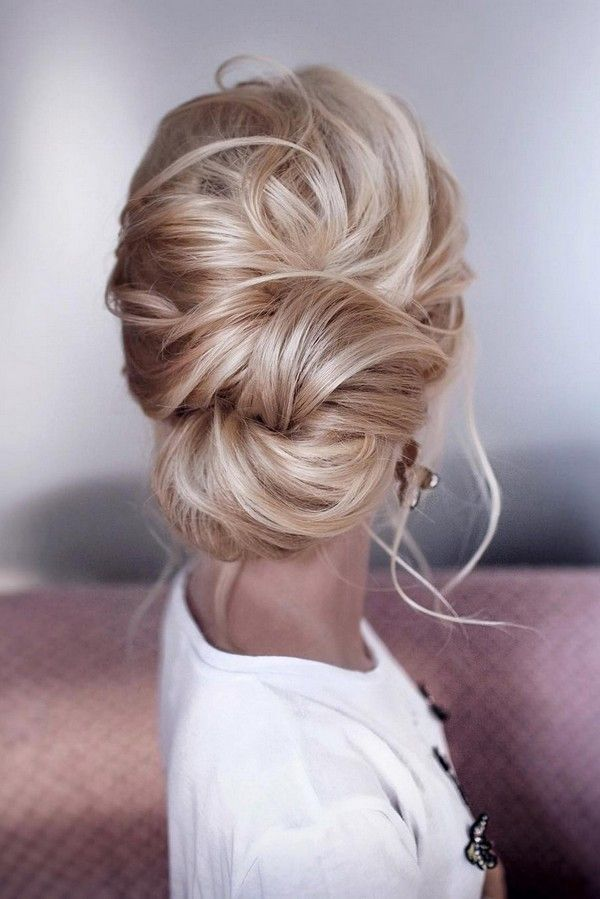 Messy Elegant Low Bun Wedding Hairstyle Wedding Hair Inspiration Long Hair Styles Hairstyle