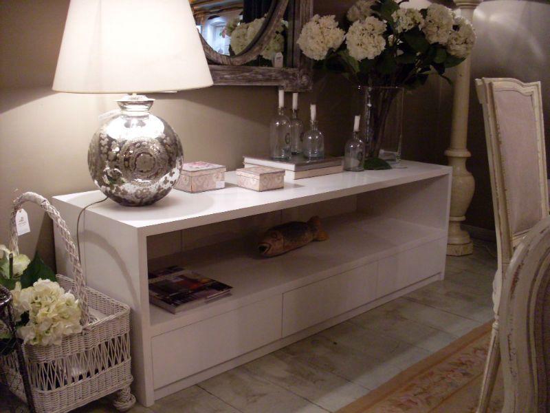 Mueble de television a medida de madera natural o pintado - Muebles rusticos en blanco ...