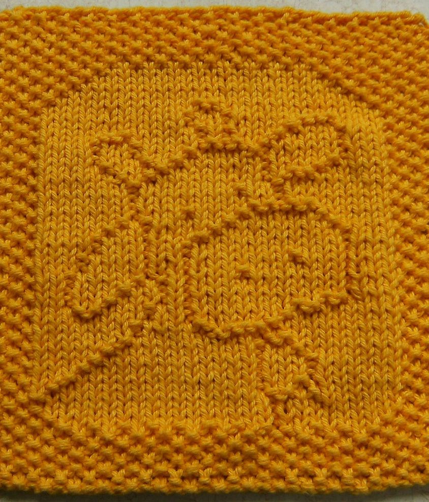 Free Knitting Pattern for Belle the Cow Was Cloth or Bib - Cow motif ...