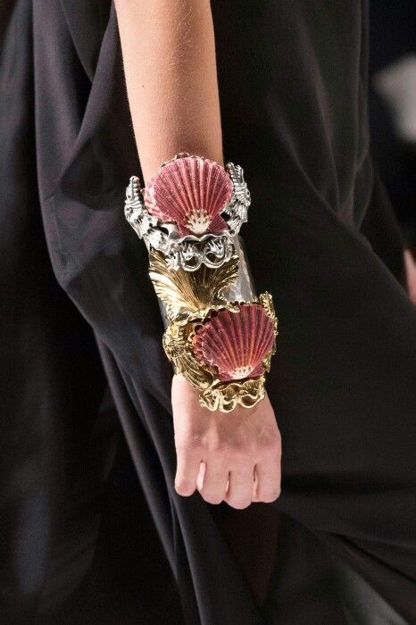 Fausto P Ss16 Seashell Bracelet