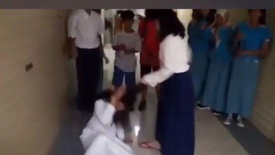 Inilah Video Siswi SMP Bully Siswi SD di Thamrin City Yang Jadi Viral