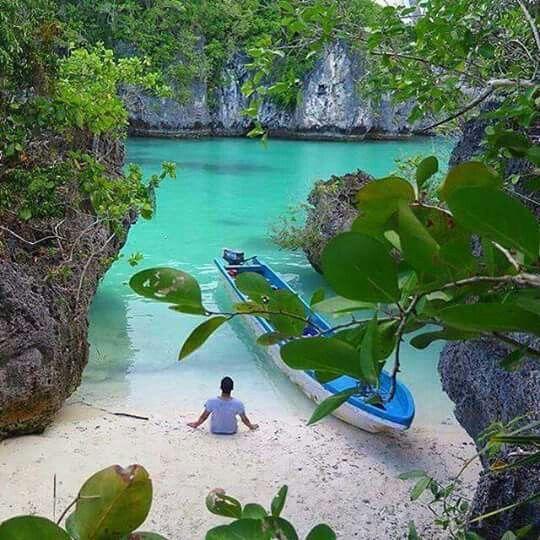 bair island maluku wonderful indonesia pinterest indonesia