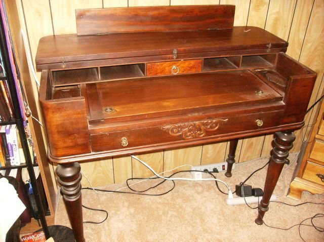 Collectibles-General (Antiques): Spinet Desk, mark sheets, spinet piano - Collectibles-General (Antiques): Spinet Desk, Mark Sheets, Spinet