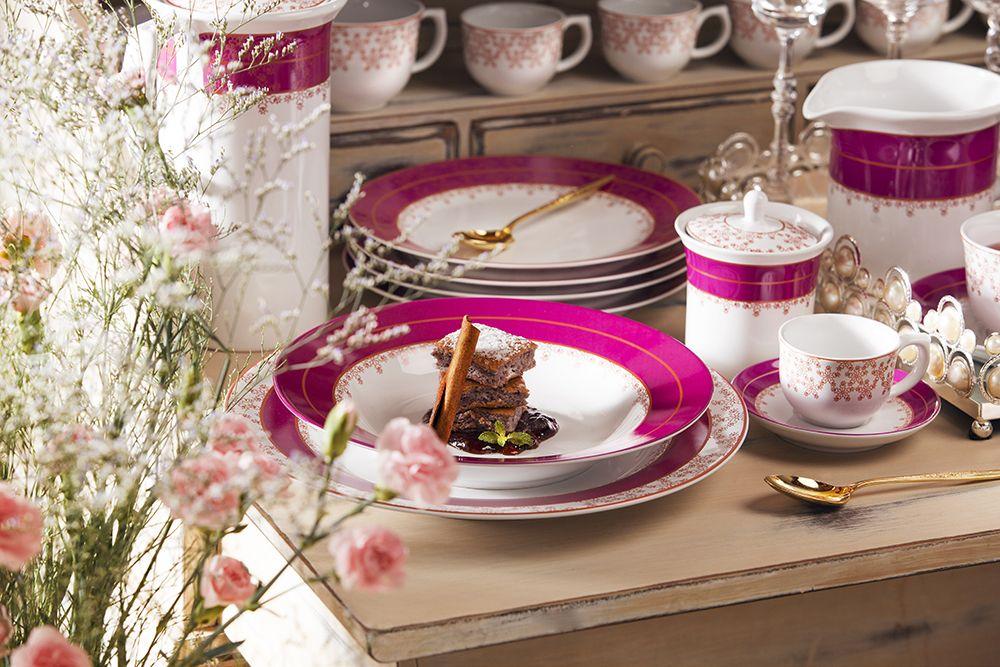 Essa decoração possui traços em cobre, uma novidade da Oxford Porcelanas!