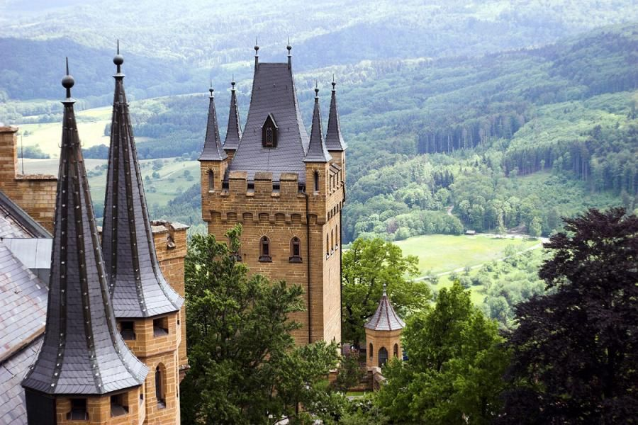 Towers Of Burg Hohenzollern Swabian Alb Germany Castle Hohenzollern Castle Neuschwanstein Castle