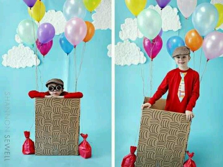 Balloon Party Photo Booth backdrop:  I could totally DIY this for EJ's first birthday.