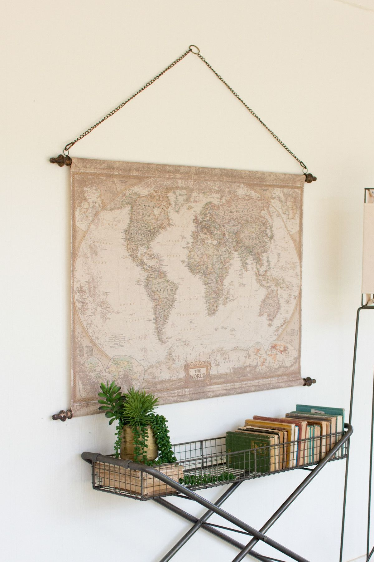 Wandschmuck Esszimmer This Canvas Banner Displays A Beautifully Aged World Map That