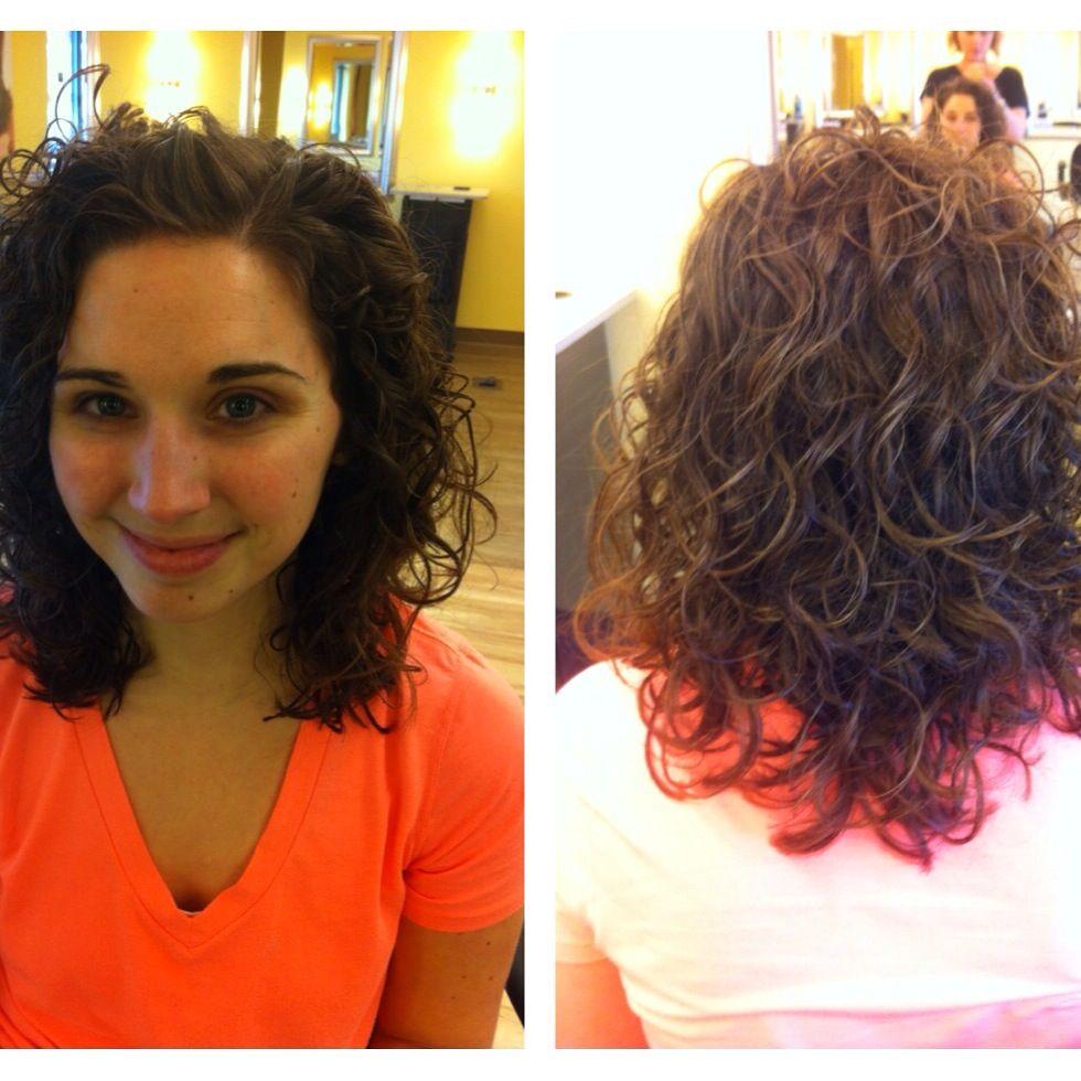 Akada Hair Salon-stylist: Amanda