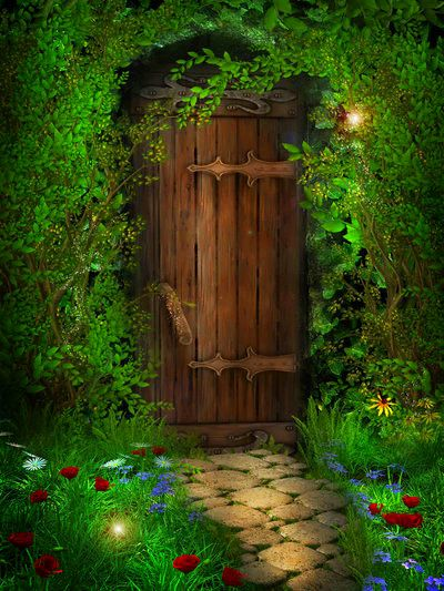 Who a waits us behind this hidden wood door..? You go first.