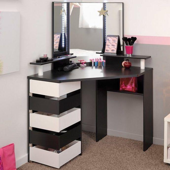 Best Makeup Vanity Table Furniture Ideas Bedroom Vanity 400 x 300