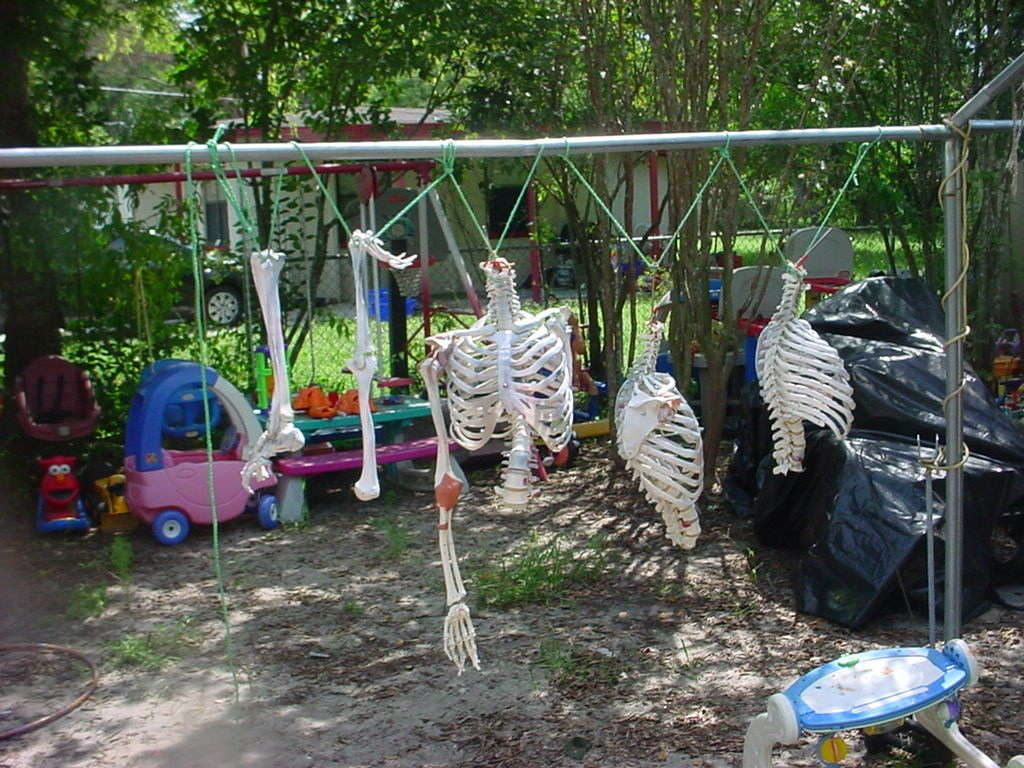 Our 2010 Haunted House With Ideas From Instructables Halloween Haunt Yard Haunt Hay Ride Ideas Haunted house ideas for backyard