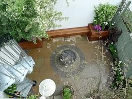 clever courtyard designs uk - Google Search