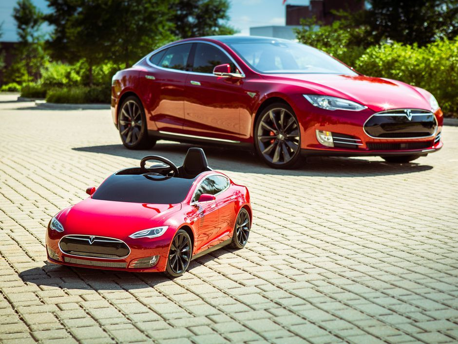 Verne Troyer Got A Tesla For Christmas And It S Amazing Radio Flyer Tesla Bmw Cars For Sale