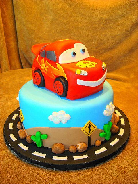 Cars cake,Lightening McQueen   Flickr - Photo Sharing!