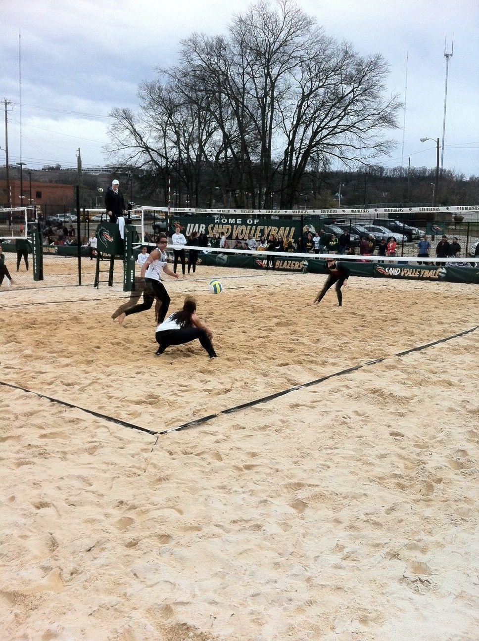 Sand Volleyball Match Fsu Vs Uab Beach Volleyball Volleyball Soccer Field