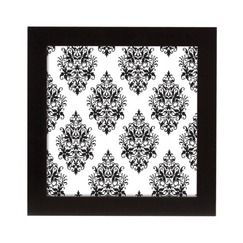 I love Square Shapes and my favorite frames are this thick black wood version from Target. I'll put family photos in these and hang them in a grid on the wall in my bedroom. #CountryLiving #DreamBedroom