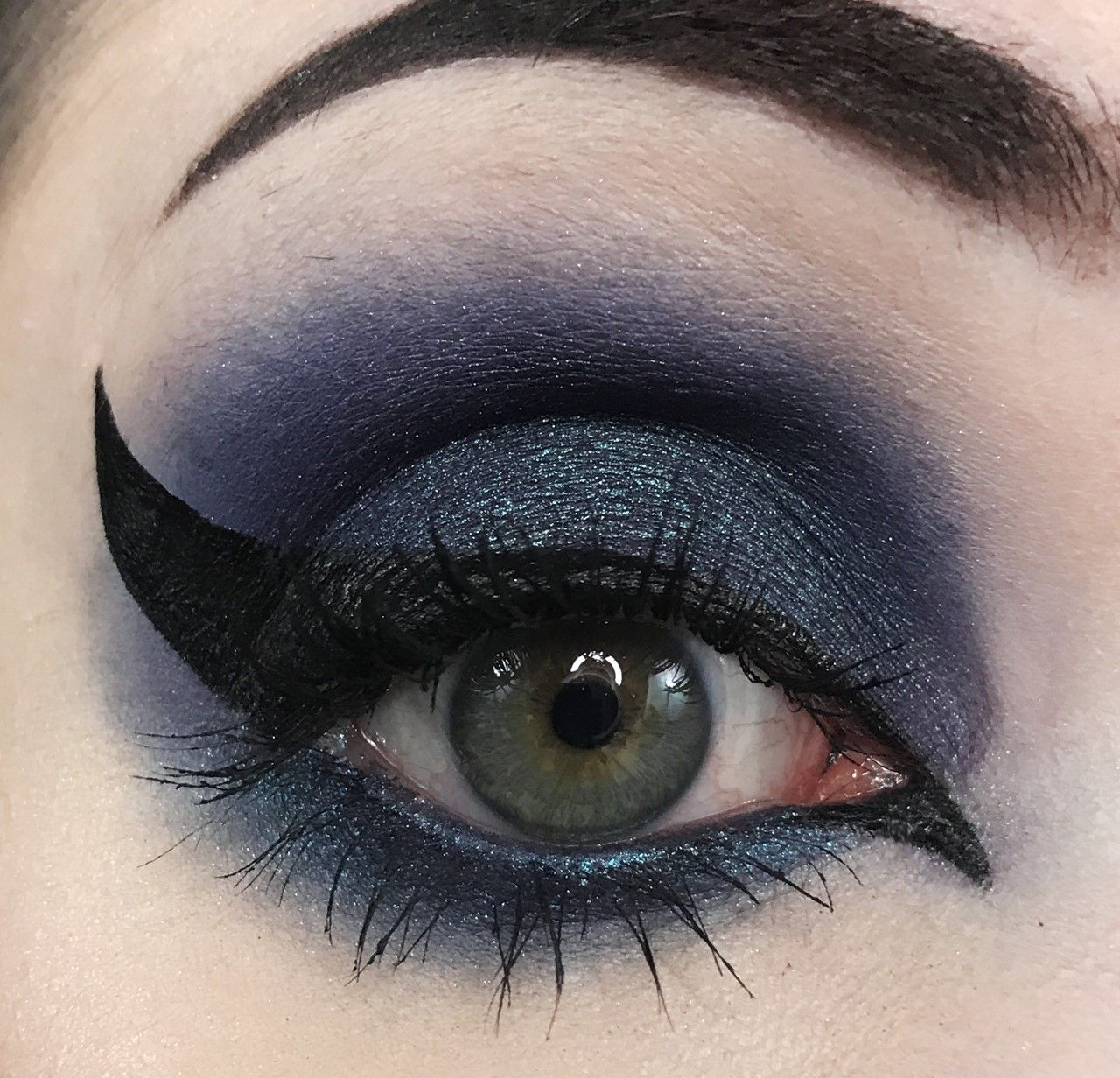 Has Been Eyeshadow Eyeshadow, Indie perfume, Pretty zombie