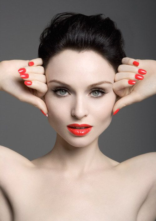 Sophie Ellis Bextor Pop On Repeat Make Up Looks Pinterest