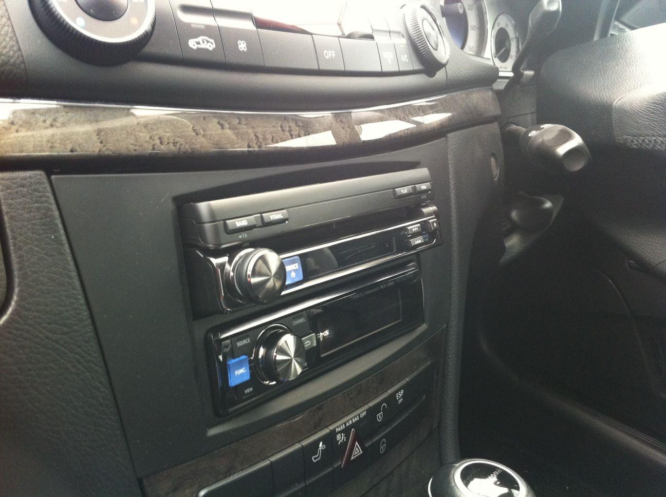 Iva D800r And Pxa H800 Rux C800 In A Mercedes E Class