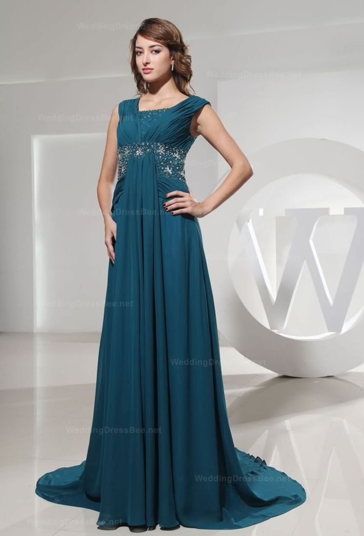 Beautiful sleeveless long wedding dress fashion click on pic for