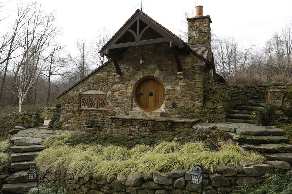 Hobbit Style Homes pennsylvania hobbit house | a 600 square feet hobbit-style home in