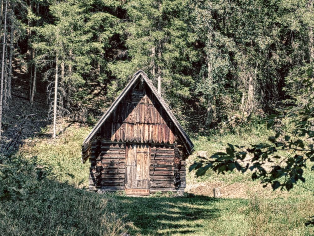 urige holzh tte wodden hut in bad eisenkappel beim k rntner storschitz fotografietotal. Black Bedroom Furniture Sets. Home Design Ideas