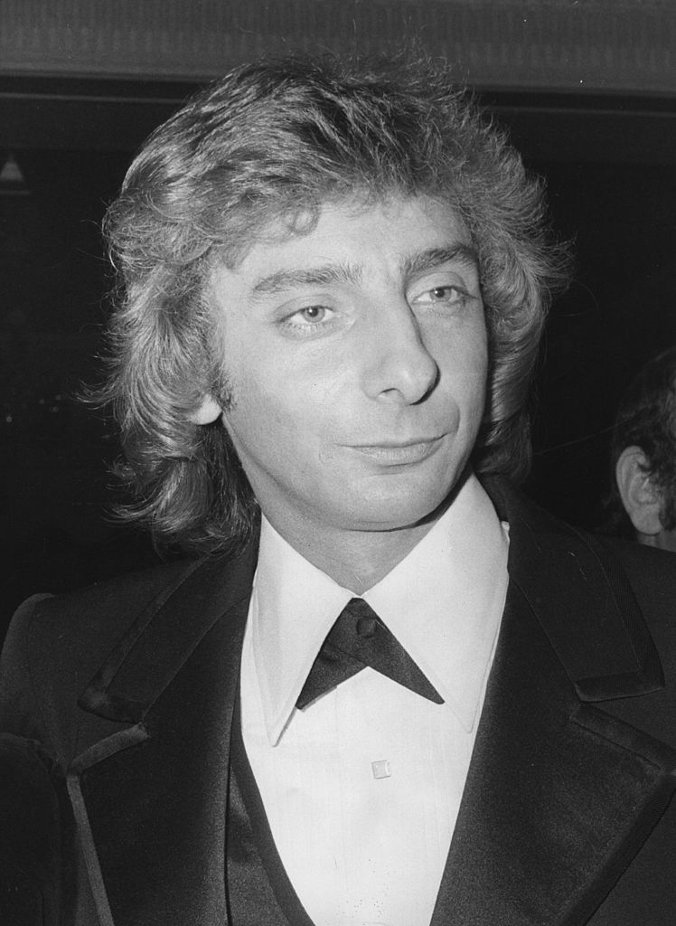 Barry manilow nationality