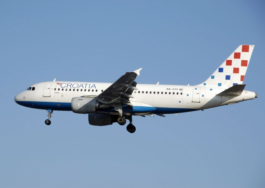 Croatia Airlines To Fly From Split To Athens Gtp Headlines Croatia Airlines Croatia Airlines